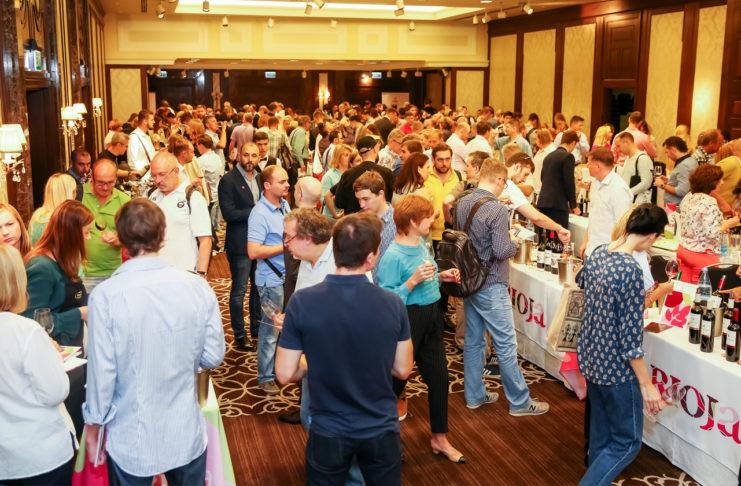 IV Salón de los vinos de Riojatriunfa en Rusia