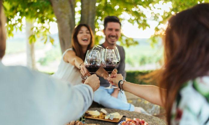 prefieren beber vino
