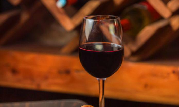 cómo conservar vino en casa